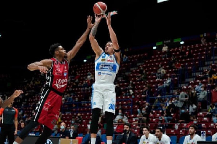 https://www.basketmarche.it/immagini_articoli/05-10-2020/treviso-basket-nessuna-lesione-caviglia-jeffrey-carroll-600.jpg
