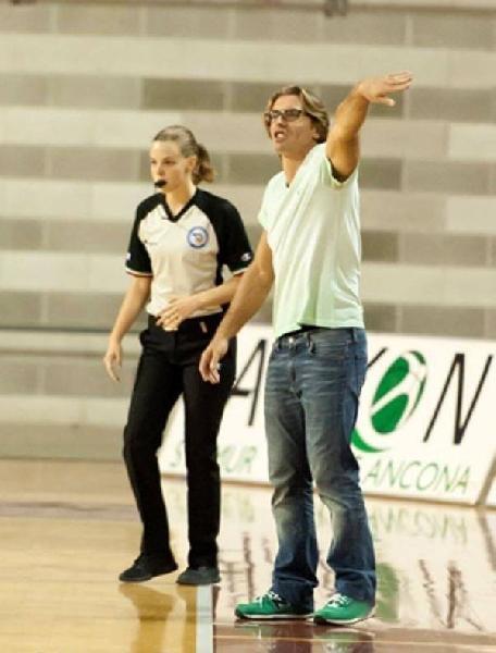 https://www.basketmarche.it/immagini_articoli/05-10-2021/aurora-jesi-coach-francioni-abbiamo-giocato-buona-gara-peccato-ultimo-quarto-600.jpg