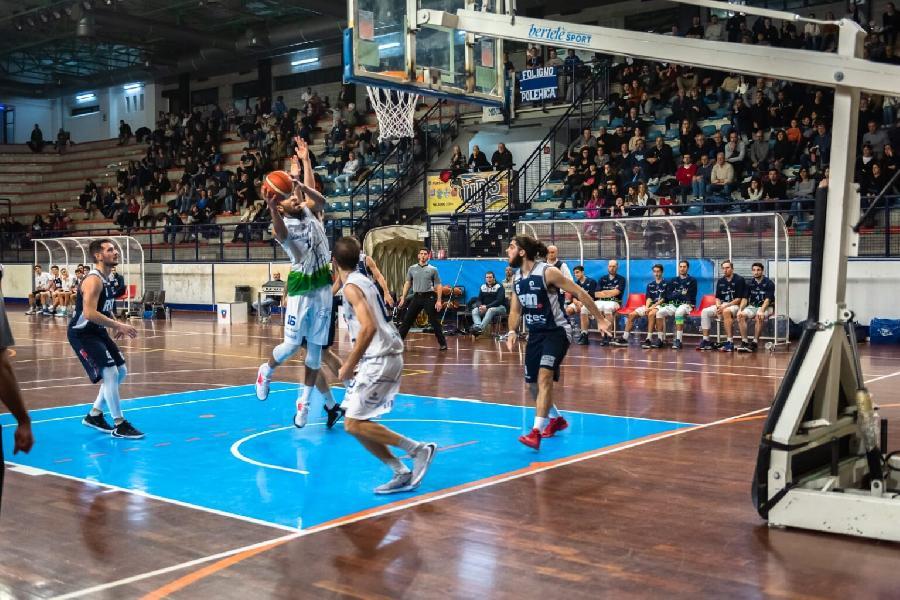 https://www.basketmarche.it/immagini_articoli/05-10-2021/lucky-wind-foligno-avvicina-esordio-campionato-pisaurum-pesaro-600.jpg