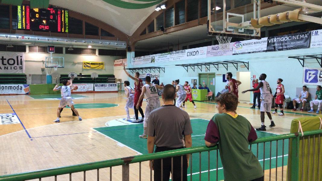 https://www.basketmarche.it/immagini_articoli/05-11-2018/basket-fossombrone-centra-cinquina-matelica-rimonta-600.jpg