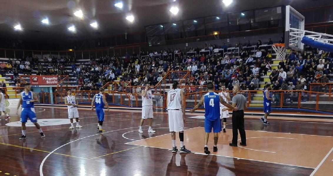 https://www.basketmarche.it/immagini_articoli/05-11-2018/porto-sant-elpidio-basket-gioca-ottima-gara-fine-arrende-pescara-600.jpg