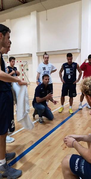 https://www.basketmarche.it/immagini_articoli/05-11-2018/sfortunata-prova-basket-giovane-pesaro-campo-stamura-ancona-600.jpg