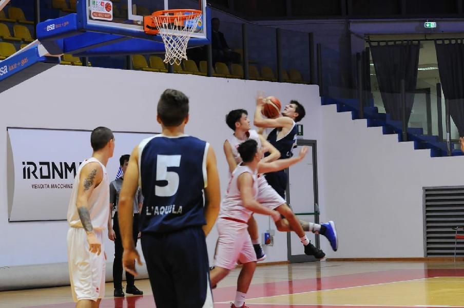 https://www.basketmarche.it/immagini_articoli/05-11-2018/strepitosa-prova-basket-aquilano-campo-chieti-basket-600.jpg
