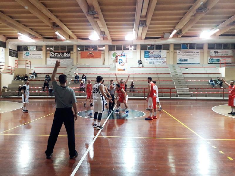 https://www.basketmarche.it/immagini_articoli/05-11-2019/marotta-basket-fallisce-esordio-casalingo-supera-leone-ricci-chiaravalle-600.jpg
