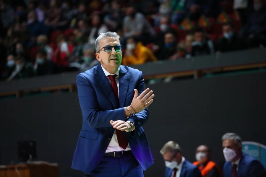 https://www.basketmarche.it/immagini_articoli/05-11-2020/venezia-coach-raffaele-avremmo-meritato-vincere-abbiamo-giocato-600.jpg