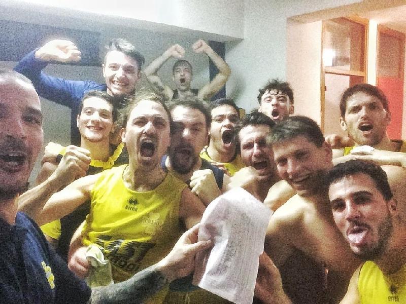 https://www.basketmarche.it/immagini_articoli/05-12-2018/dinamis-falconara-batte-pallacanestro-senigallia-conquista-prima-vittoria-600.jpg