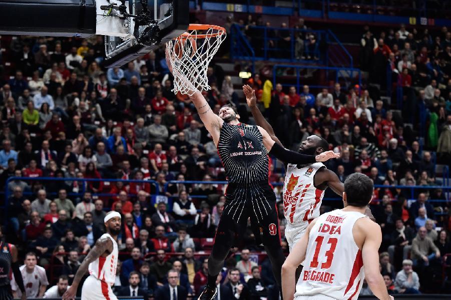 https://www.basketmarche.it/immagini_articoli/05-12-2019/euroleague-olimpia-milano-trafitta-casa-stella-rossa-nedovic-infortunio-600.jpg