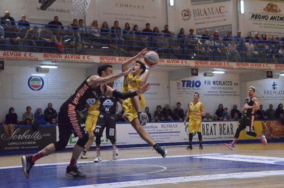 https://www.basketmarche.it/immagini_articoli/06-01-2020/sutor-montegranaro-trascinata-grande-bombonera-sfiora-impresa-tramec-cento-600.jpg