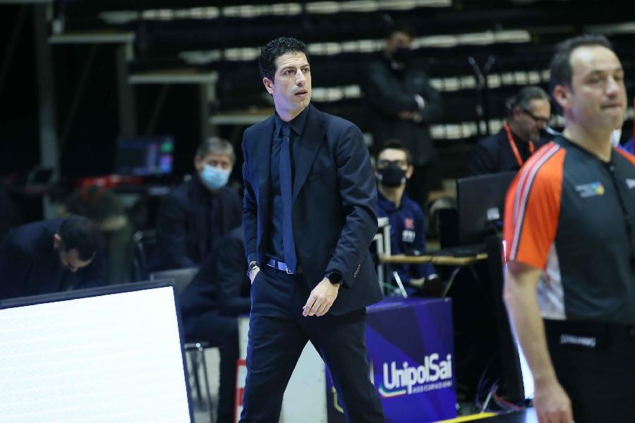 https://www.basketmarche.it/immagini_articoli/06-01-2021/reggio-emilia-trasferta-trieste-coach-martino-fare-massimo-conquistare-grande-vittoria-600.jpg