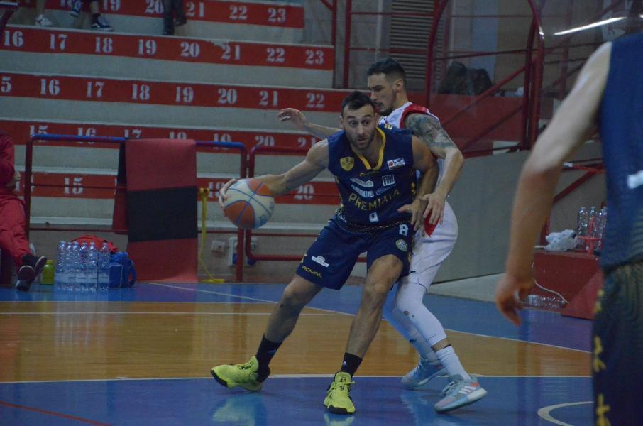 https://www.basketmarche.it/immagini_articoli/06-02-2020/sutor-montegranaro-riccardo-angilla-porto-sant-elpidio-derby-sfida-salvezza-dobbiamo-mollare-600.jpg