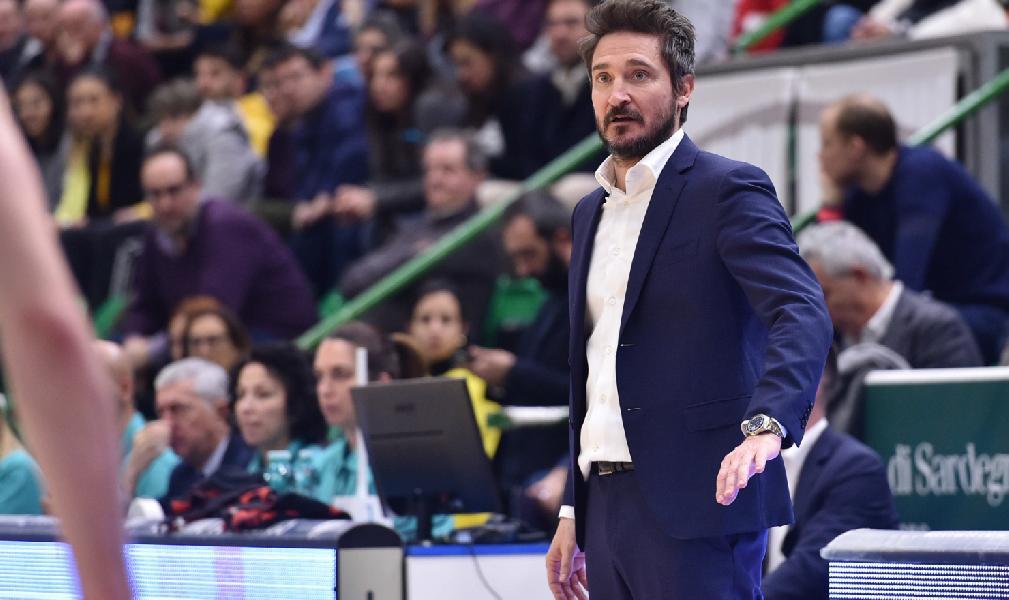 https://www.basketmarche.it/immagini_articoli/06-03-2020/dinamo-sassari-coach-pozzecco-roma-chiave-difesa-600.jpg