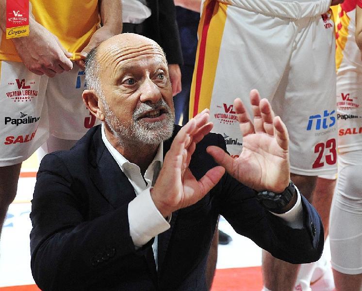 https://www.basketmarche.it/immagini_articoli/06-03-2020/pesaro-coach-sacco-treviso-squadra-completa-vogliamo-tornare-giocare-600.jpg
