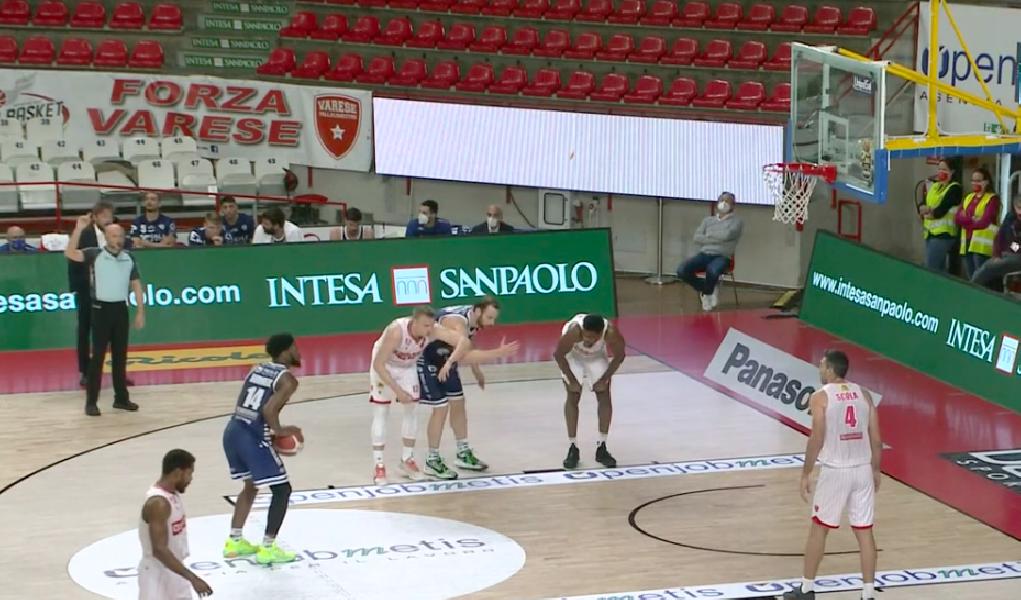 https://www.basketmarche.it/immagini_articoli/06-03-2021/pallacanestro-varese-allunga-finale-batte-rimaneggiata-dinamo-sassari-600.png