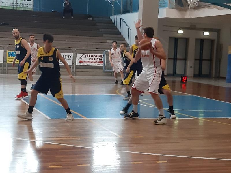 https://www.basketmarche.it/immagini_articoli/06-04-2019/regionale-live-girone-risultati-gare-ritorno-tempo-reale-600.jpg