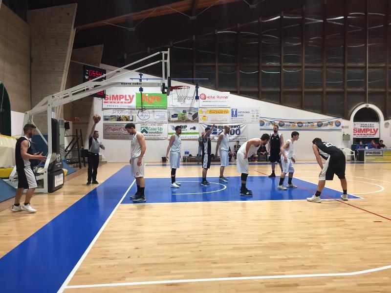 https://www.basketmarche.it/immagini_articoli/06-04-2019/regionale-macerata-chiude-colpo-matelica-brown-sugar-ascoli-playoff-boys-salvi-600.jpg