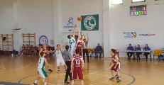 https://www.basketmarche.it/immagini_articoli/06-05-2019/interregionale-stamura-ancona-supera-scuola-basket-arezzo-120.png