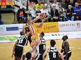 https://www.basketmarche.it/immagini_articoli/06-06-2020/perso-amedeo-tessitori-fortitudo-bologna-punta-leonardo-120.jpg