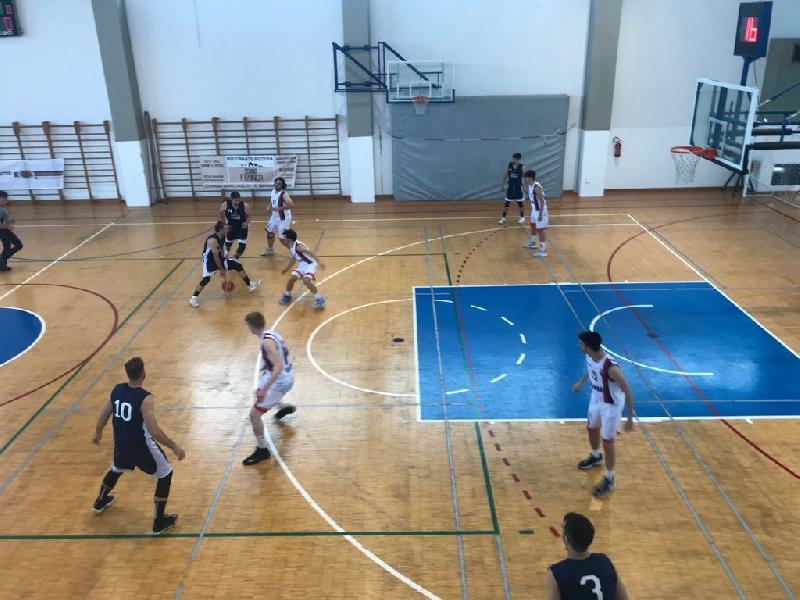 https://www.basketmarche.it/immagini_articoli/06-06-2021/convincente-vittoria-esterna-virtus-assisi-600.jpg