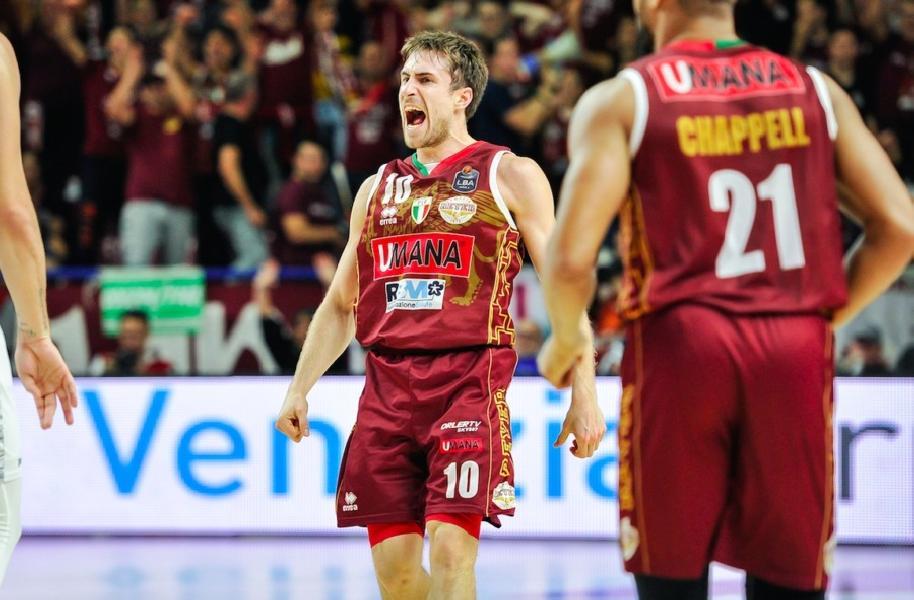 https://www.basketmarche.it/immagini_articoli/06-08-2020/reyer-venezia-andrea-nicolao-sula-supercoppa-vogliamo-arrivare-pronti-quello-primo-obiettivo-stagione-600.jpg