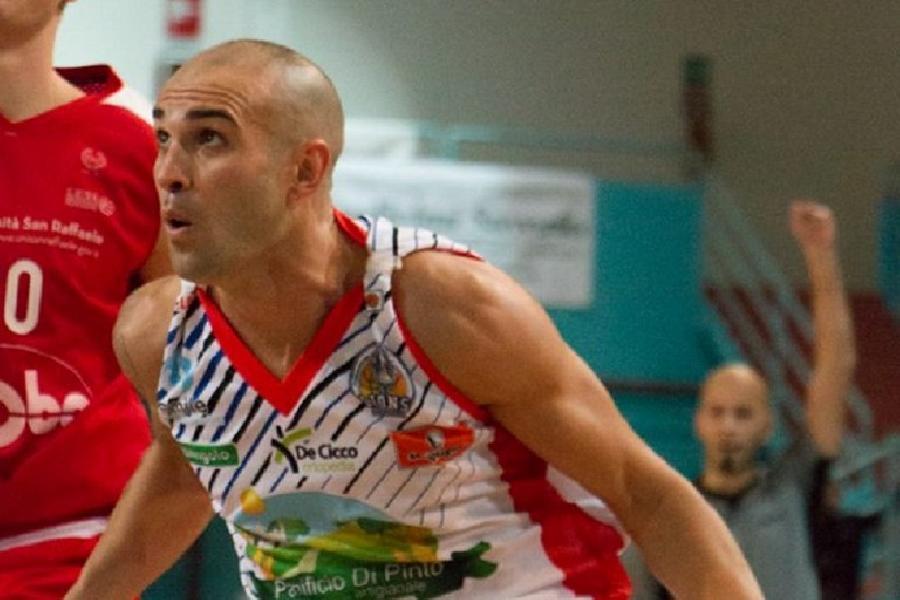 https://www.basketmarche.it/immagini_articoli/06-08-2020/sutor-montegranaro-vicina-fumata-bianca-terzo-colpo-mercato-arrivo-play-simone-bonfiglio-600.jpg