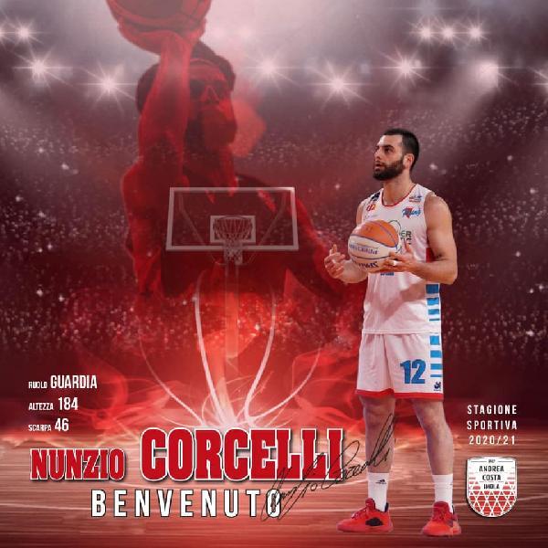 https://www.basketmarche.it/immagini_articoli/06-08-2020/ufficiale-andrea-costa-imola-firma-nunzio-corcelli-marco-morara-600.jpg