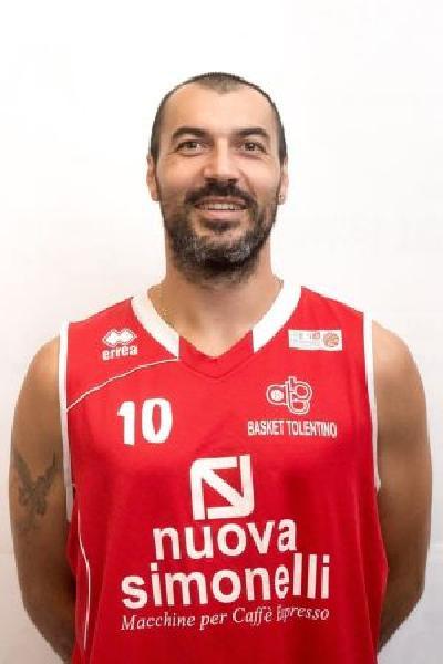 https://www.basketmarche.it/immagini_articoli/06-08-2020/ufficiale-separano-strade-basket-tolentino-lungo-adelmo-francesconi-600.jpg