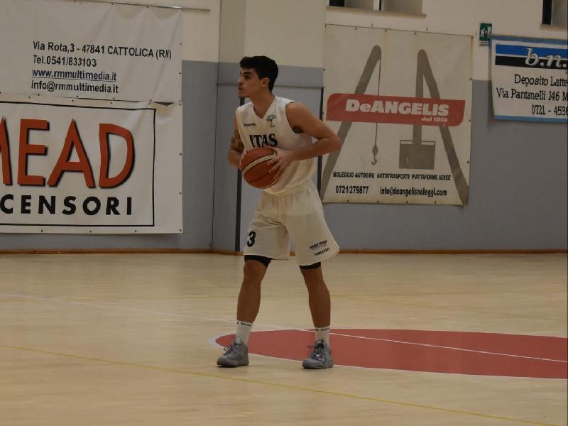 https://www.basketmarche.it/immagini_articoli/06-08-2021/pallacanestro-acqualagna-mette-segno-colpo-ufficiale-arrivo-vittorio-lorenzi-600.jpg