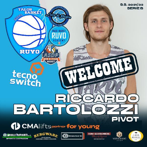 https://www.basketmarche.it/immagini_articoli/06-08-2021/ufficiale-riccardo-bartolozzi-centro-talos-ruvo-puglia-600.jpg