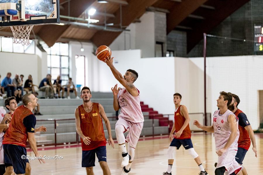 https://www.basketmarche.it/immagini_articoli/06-09-2018/serie-nazionale-teramo-basket-spunti-positivi-anche-secondo-test-giulianova-600.jpg