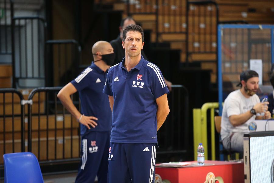 https://www.basketmarche.it/immagini_articoli/06-09-2020/reggio-emilia-coach-martino-sono-fiducioso-cremona-saremo-pronti-riscattarci-600.jpg