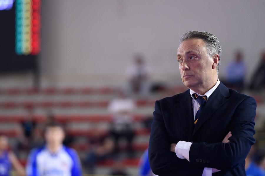 https://www.basketmarche.it/immagini_articoli/06-09-2020/roma-coach-bucchi-stato-allenamento-utile-abbiamo-avuto-minuti-basket-decenti-600.jpg