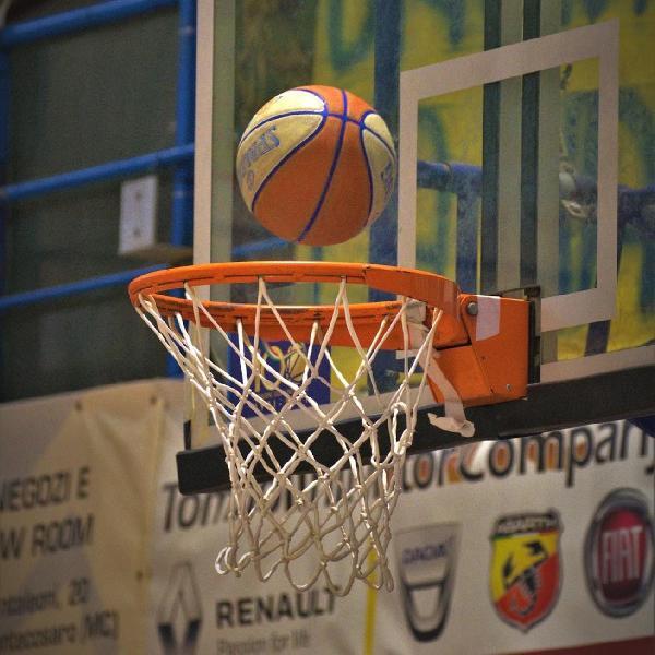 https://www.basketmarche.it/immagini_articoli/06-09-2021/supercoppa-sfida-rinascita-basket-rimini-sutor-montegranaro-anticipata-sabato-600.jpg