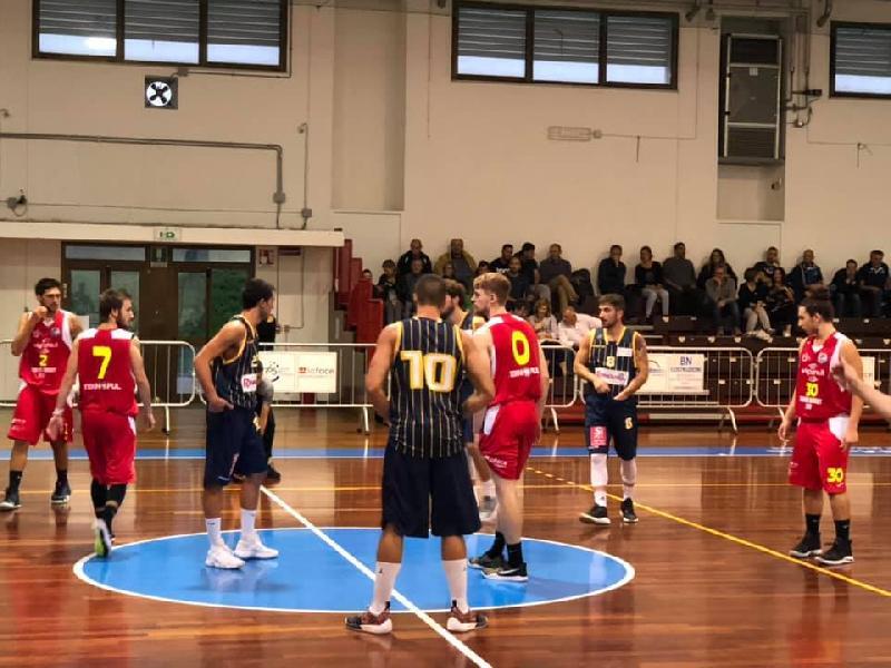 https://www.basketmarche.it/immagini_articoli/06-10-2018/serie-silver-live-risultati-prima-giornata-girone-marche-umbria-tempo-reale-600.jpg
