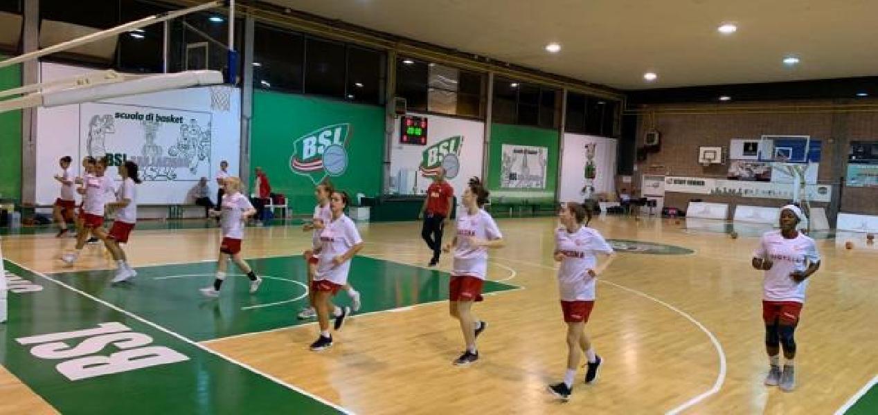 https://www.basketmarche.it/immagini_articoli/06-10-2019/sfortunato-esordio-basket-girls-ancona-campo-lazzaro-600.jpg