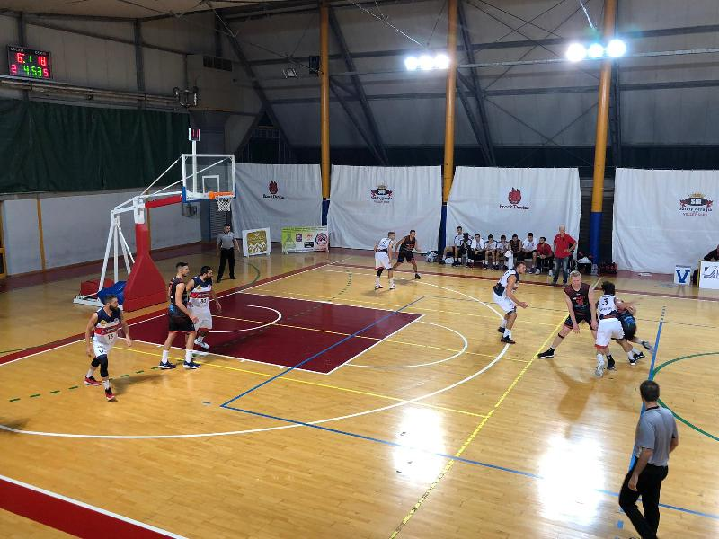 https://www.basketmarche.it/immagini_articoli/06-10-2019/virtus-assisi-sfiora-rimonta-impresa-unibasket-lanciano-600.jpg