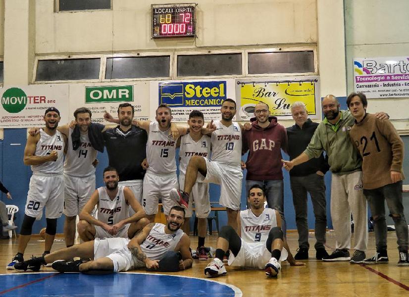 https://www.basketmarche.it/immagini_articoli/06-11-2018/titans-jesi-fermano-terza-vittoria-consecutiva-conferma-imbattibilit-600.jpg