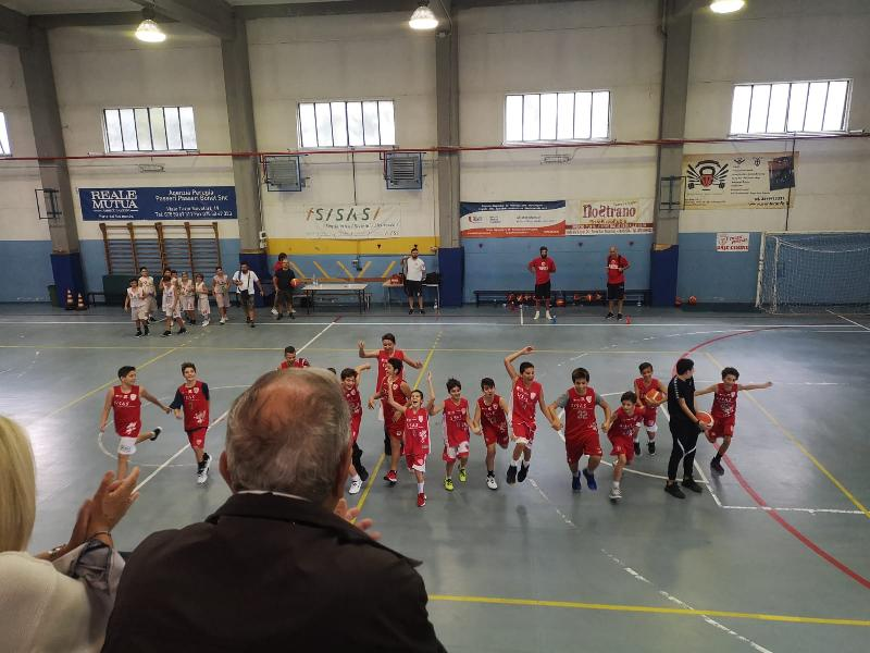 https://www.basketmarche.it/immagini_articoli/06-11-2019/under-elite-buon-esordio-pallacanestro-perugia-basket-passignano-600.jpg