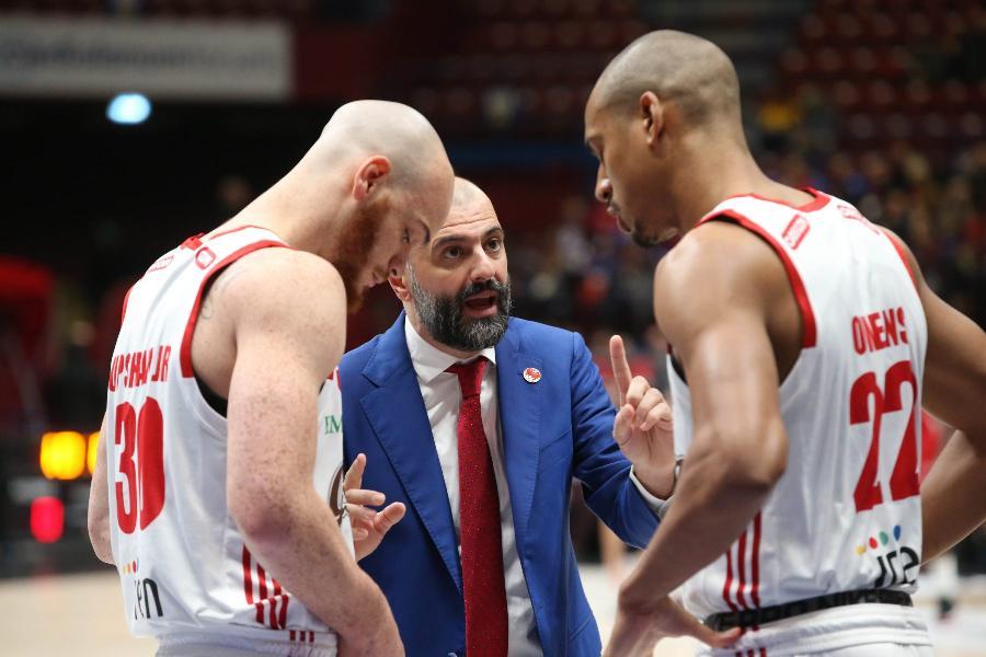 https://www.basketmarche.it/immagini_articoli/06-12-2019/pallacanestro-reggiana-coach-buscaglia-treviso-facendo-molto-bene-servir-partita-battagliera-600.jpg