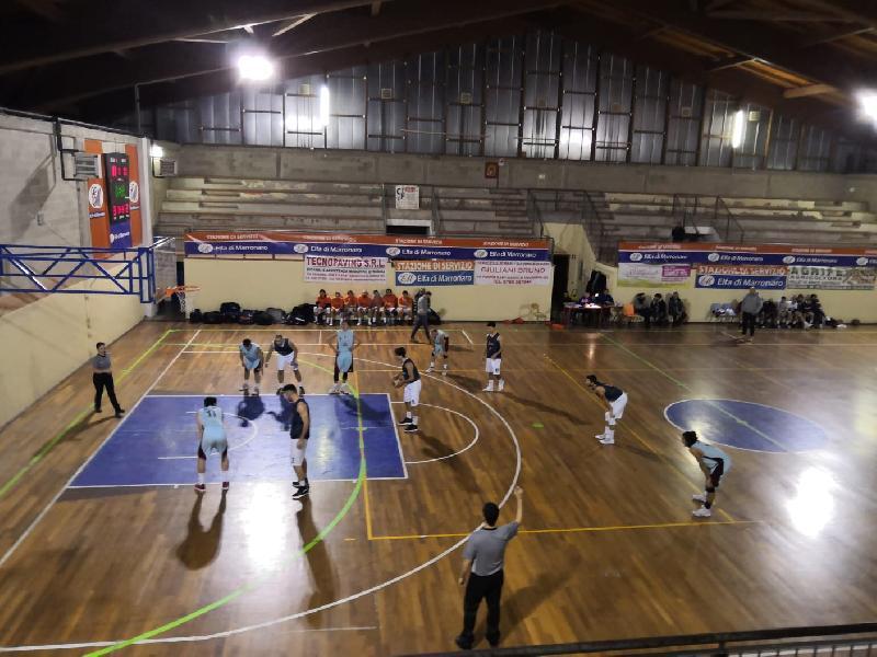 https://www.basketmarche.it/immagini_articoli/07-01-2019/basket-spello-sioux-espugna-fara-sabina-campione-inverno-600.jpg