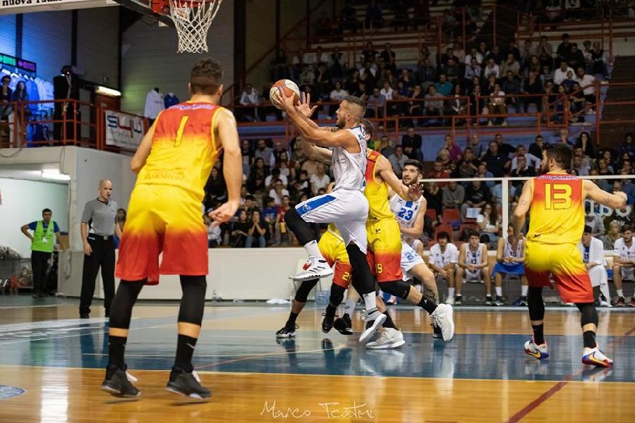https://www.basketmarche.it/immagini_articoli/07-02-2020/lanciato-giulianova-basket-cerca-impresa-janus-fabriano-600.jpg