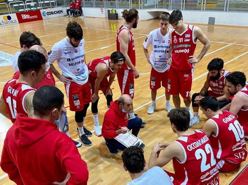 https://www.basketmarche.it/immagini_articoli/07-03-2021/pallacanestro-senigallia-sconfitta-casa-unione-basket-padova-600.jpg