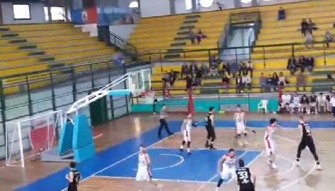 https://www.basketmarche.it/immagini_articoli/07-04-2018/serie-c-silver-il-campetto-ancona-espugna-il-campo-della-sambenedettese-con-un-ottimo-baldoni-270.jpg