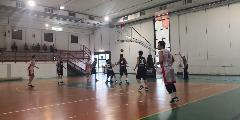 https://www.basketmarche.it/immagini_articoli/07-04-2019/basket-gubbio-espugna-campo-sericap-cannara-chiude-posto-120.jpg