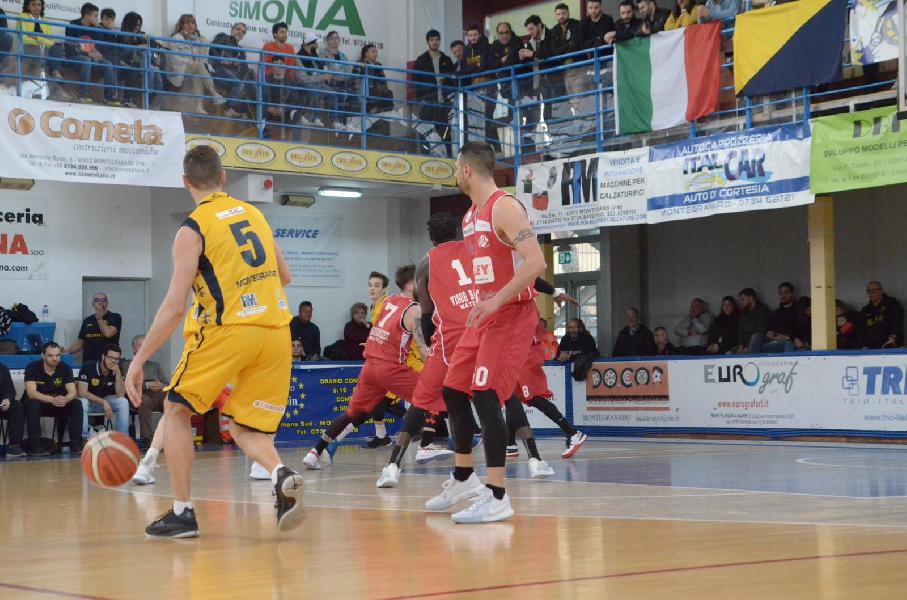 https://www.basketmarche.it/immagini_articoli/07-04-2019/gold-risultati-tabellini-ultima-regular-season-sambenedettese-playoff-perugia-retrocessa-600.jpg