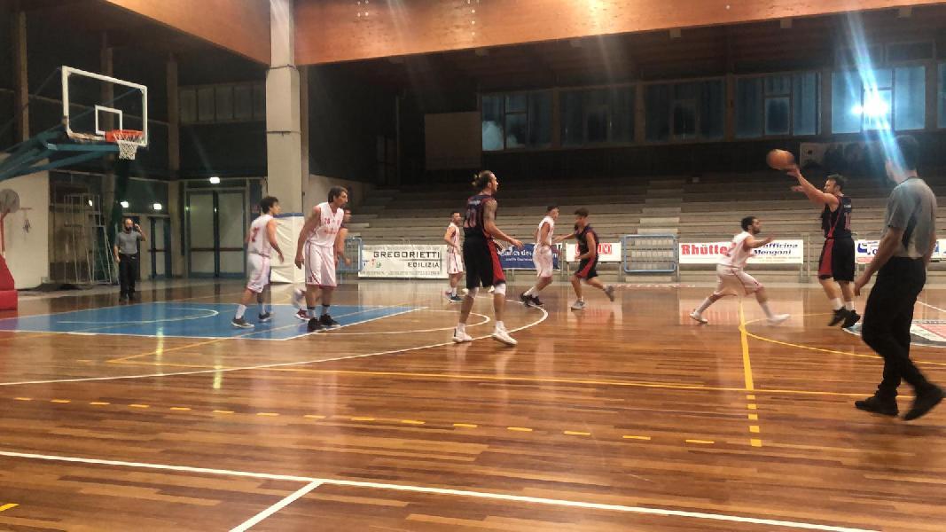 https://www.basketmarche.it/immagini_articoli/07-04-2019/regionale-definito-tabellone-playout-accoppiamenti-600.jpg