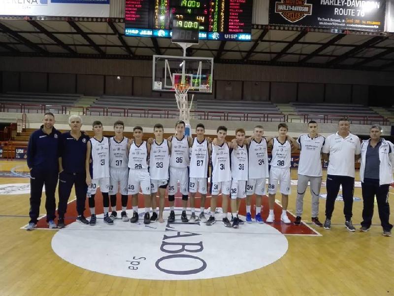 https://www.basketmarche.it/immagini_articoli/07-05-2019/interregionale-aurora-jesi-sconfitto-casa-pistoia-basket-600.jpg