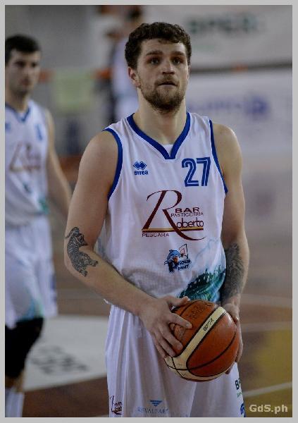 https://www.basketmarche.it/immagini_articoli/07-05-2021/pescara-basket-match-bramante-coach-vanoncini-partita-giusta-dimostrare-nostre-ambizioni-600.jpg