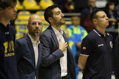 https://www.basketmarche.it/immagini_articoli/07-07-2018/serie-a2-poderosa-montegranaro-stefano-vanoncini-e-iacopo-squarcina-saranno-gli-assistenti-di-coach-pancotto-270.jpg