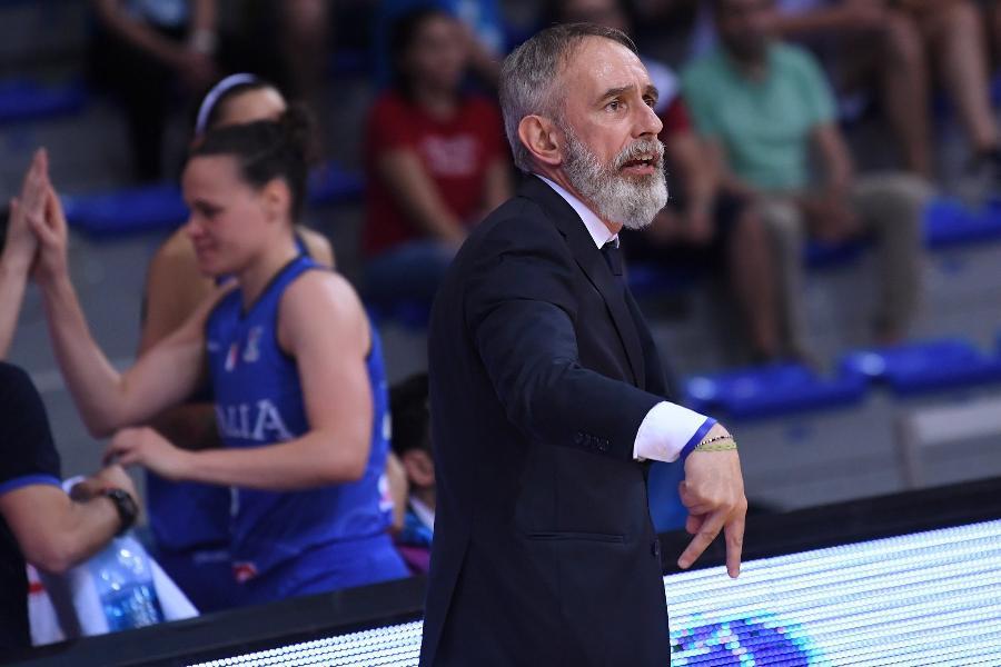 https://www.basketmarche.it/immagini_articoli/07-08-2019/ufficiale-italbasket-verr-rinnovato-contratto-coach-marco-crespi-600.jpg