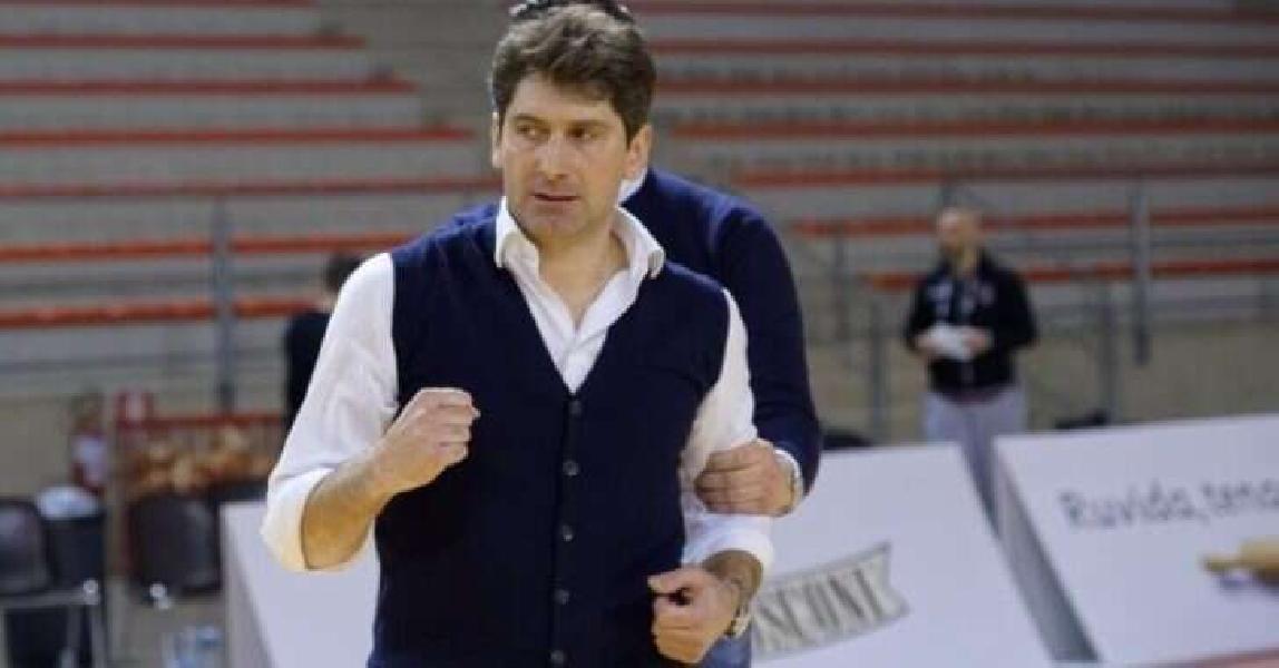 https://www.basketmarche.it/immagini_articoli/07-08-2020/campetto-ancona-coach-stefano-rajola-girone-pieno-novit-fatto-senzaltro-stimolante-600.jpg